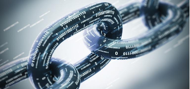 diagonal-chain-blockchain-concept_768x362